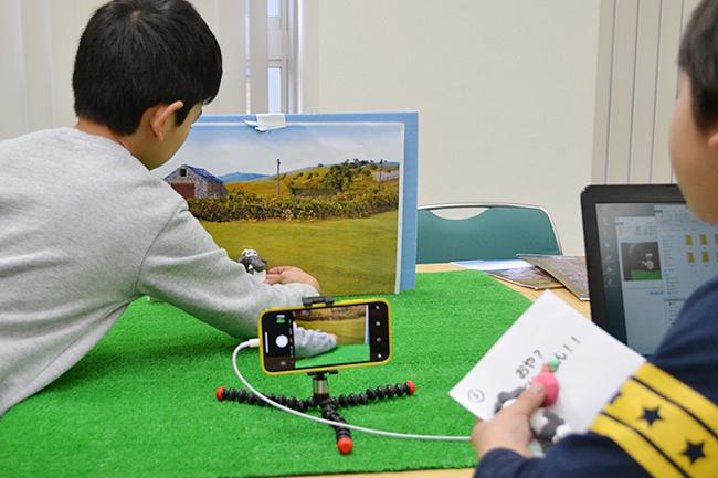 子供たち、保護者にも大好評!科学や数理イベントを行なう人気のイベント「ダヴィンチマスターズ」の第12回を2019年2月3日(日)、大阪大学 吹田キャンパス コンベンションセンターで開催!タコの解剖や絵本、顕微鏡づくりを実施!たくさんの子供たちが参加しました!